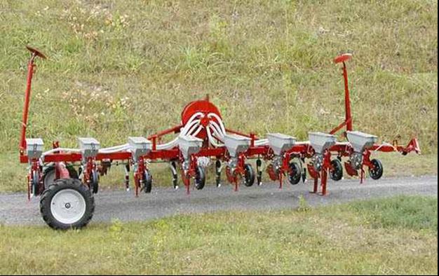 Обзор тракторов Синтай (Xingtai): 220, 120, 180, 244, 160, 304
